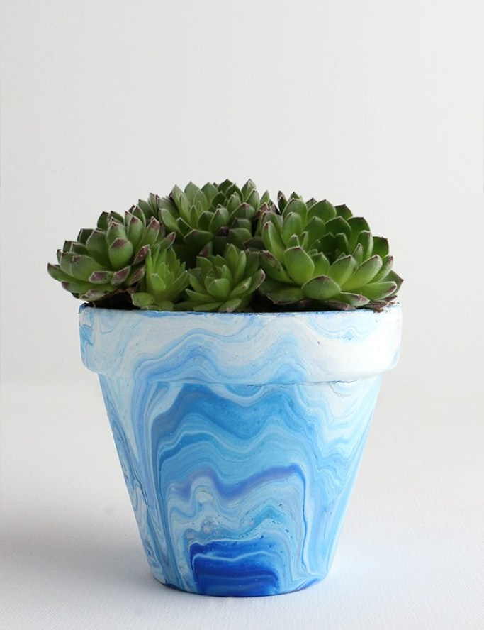 Marbled-Terra-Cotta-Pot