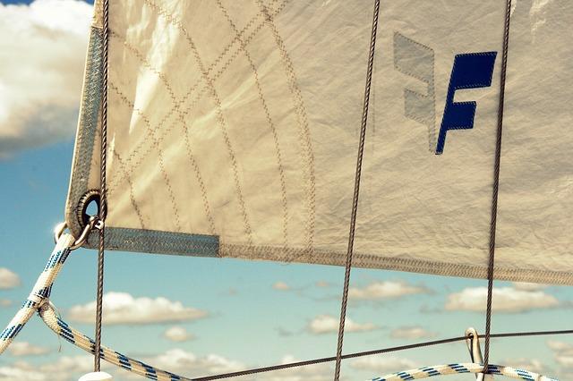 sail-874083_640