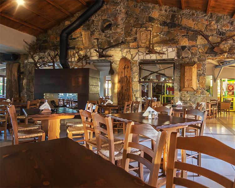 Petousis Taverna