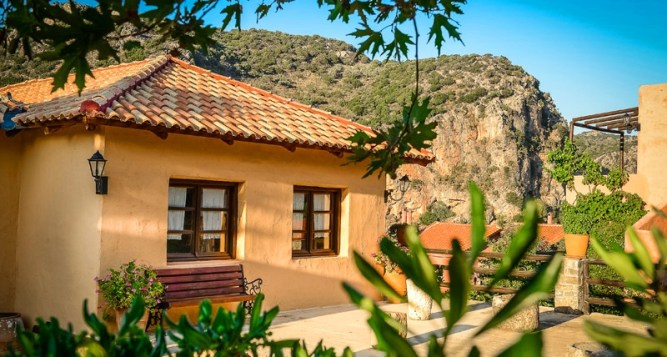 Enagron – Traditional Guesthouses