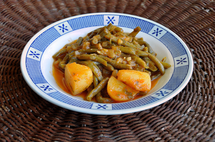 green beans with tomato sauce