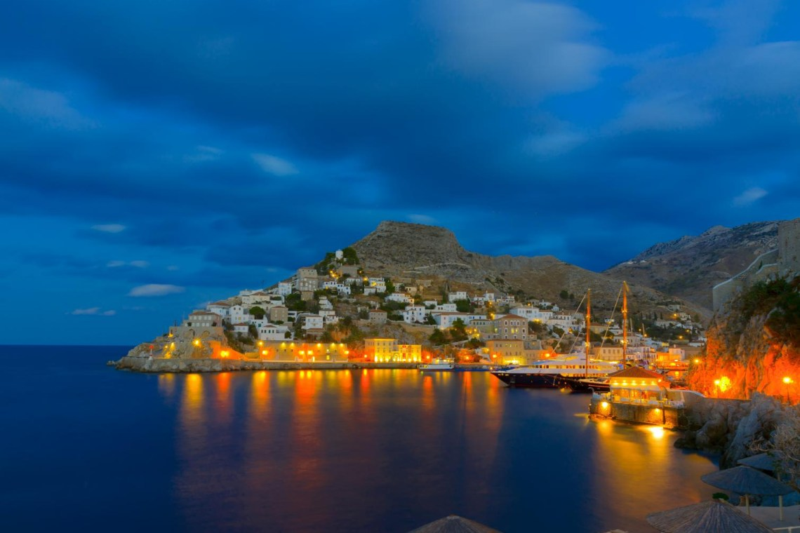 night view of Hydra harbour