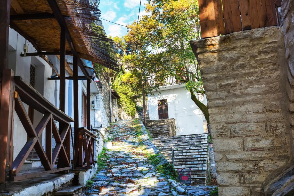 Makrinitsa village on mountain Pelion KidsLoveGreece