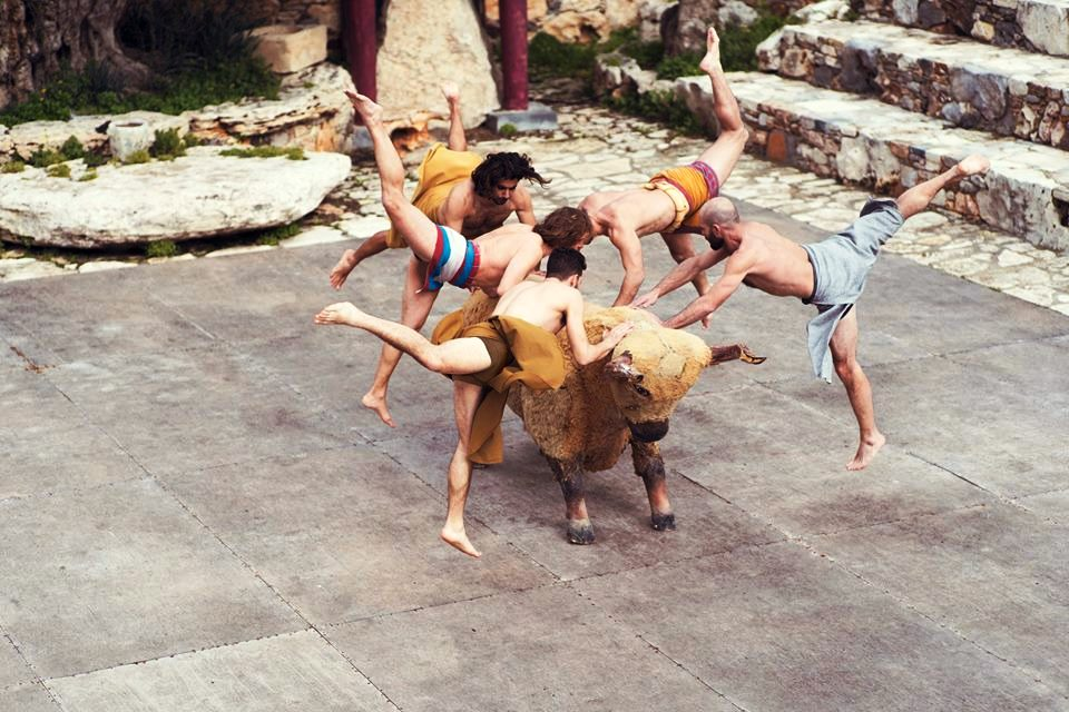 Minoan theater bull dance Kids Love Greece