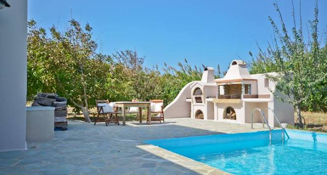 Top Kid-Friendly Villas in Greece