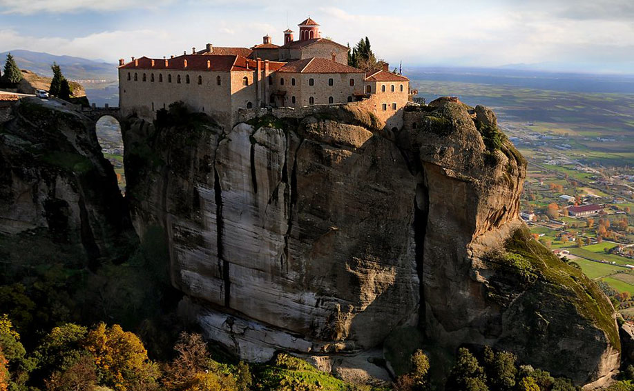 half day meteora family tour kidslovegreece locals experts greece thessaly landscape