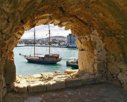heraklion bolta ston koule crete kidslovegreece enetian monument city tour