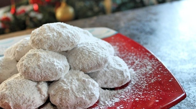Christmas Family Food Tour in Athens