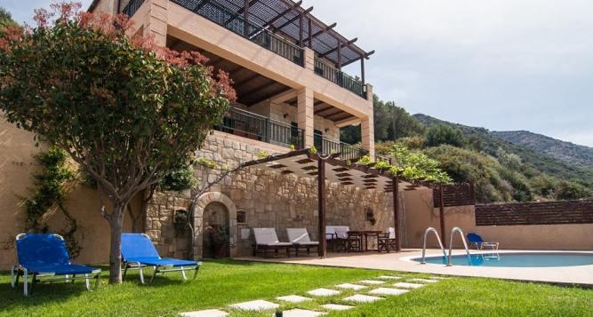 Family Villa Antonia, Sfinari, Western Chania, Crete