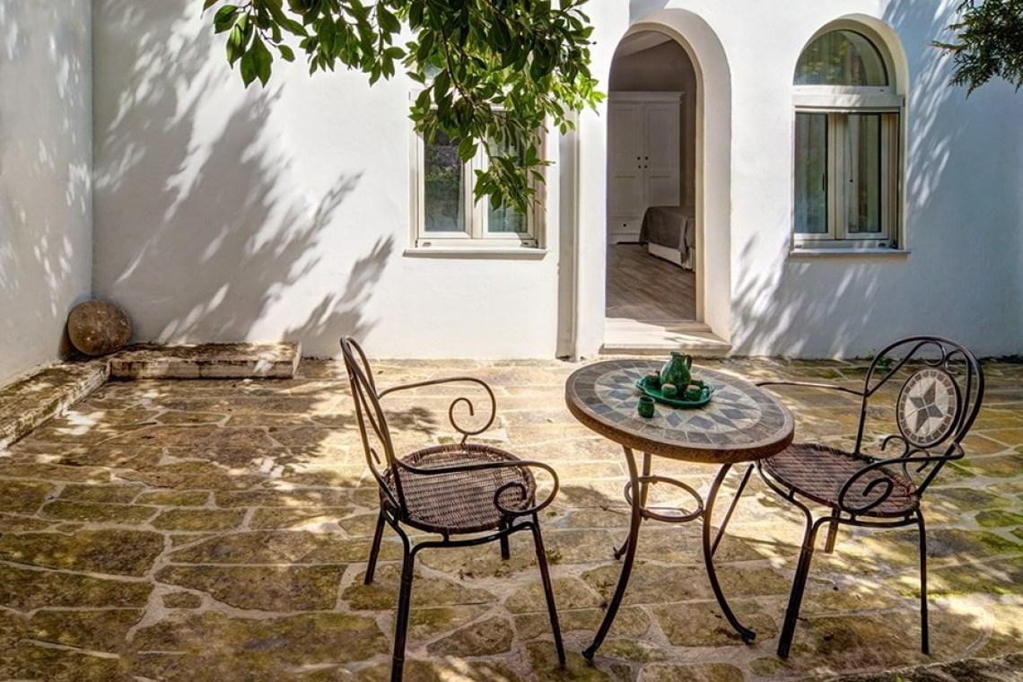 family villa ioanna accommodation for families plaka chania crete kids love greece