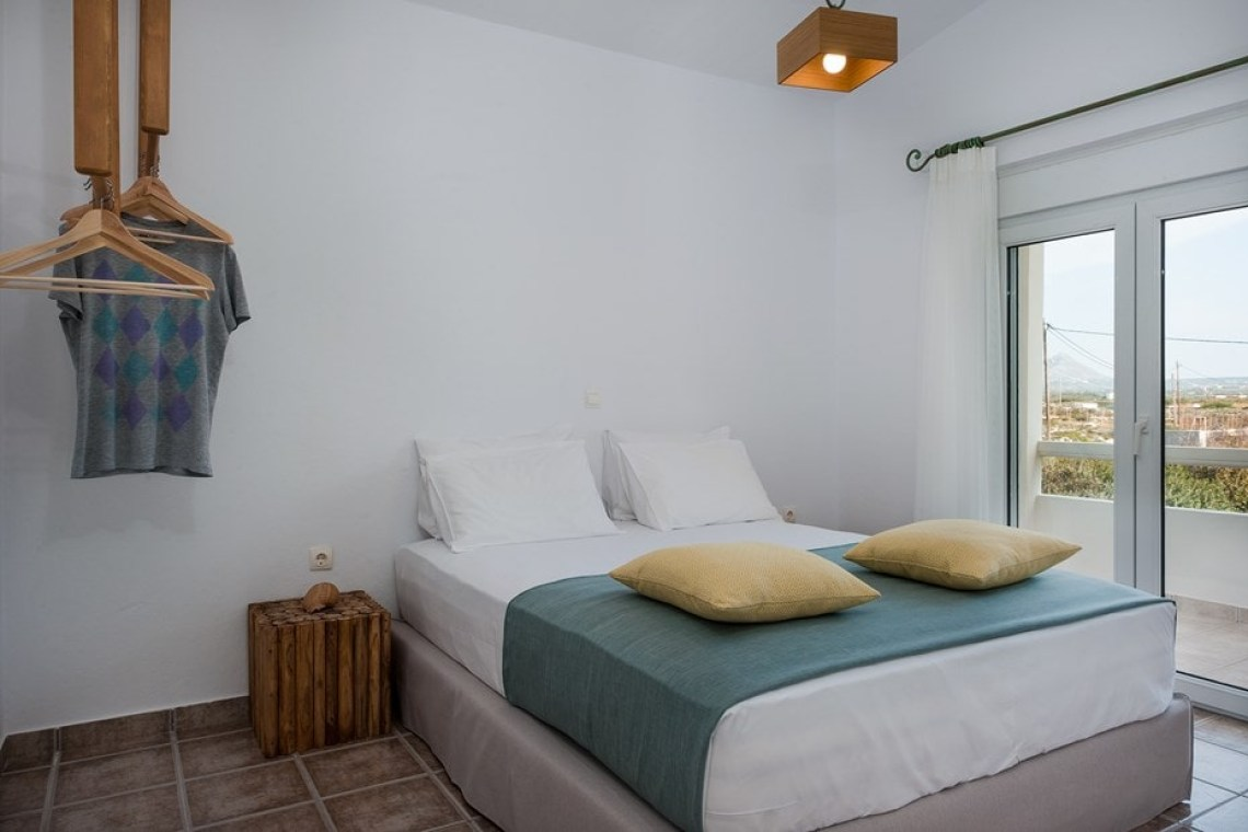 kids love greece accommodation for families chania crete family villa pinelopi stavros akrotiri