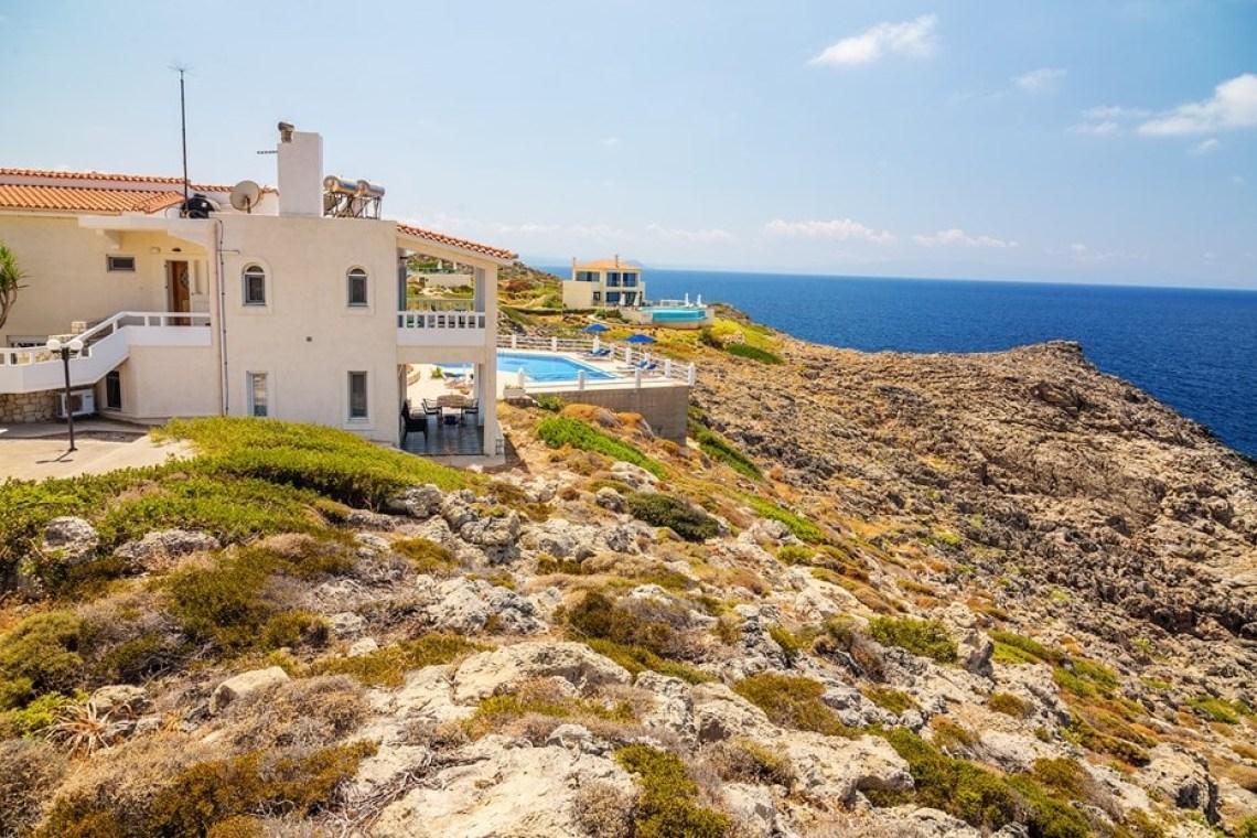 family villa pinelopi kids love greece stavros akrotiri chania crete accommodation for families