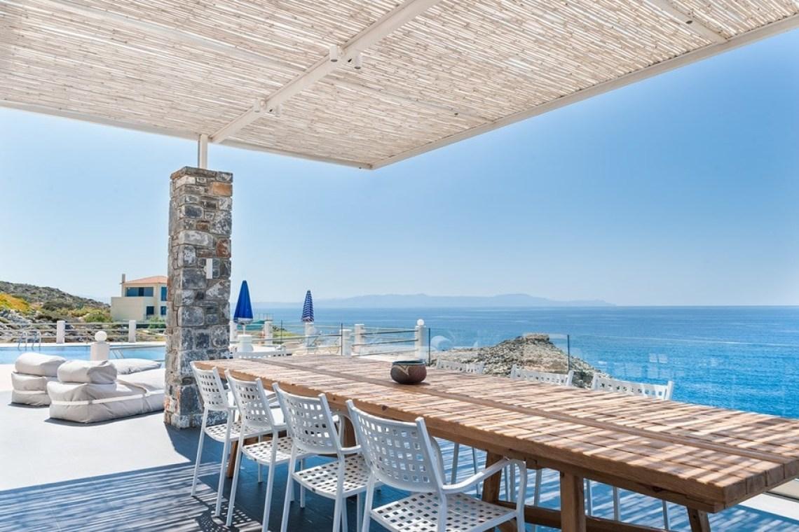 accommodation for families family villa pinelopi stavros akrotiri chania crete kids love greece
