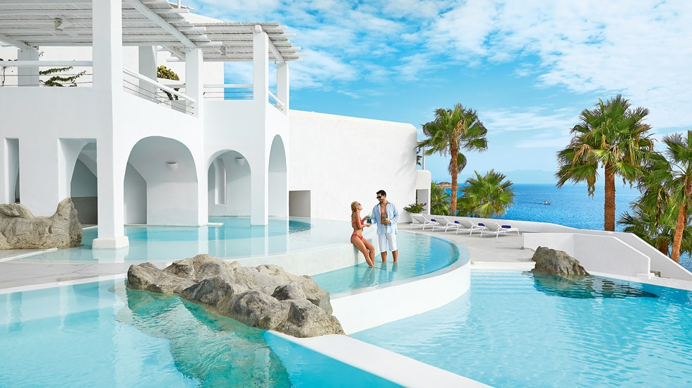 Best family resorts in greece kids love greece for Exclusive luxury accommodation