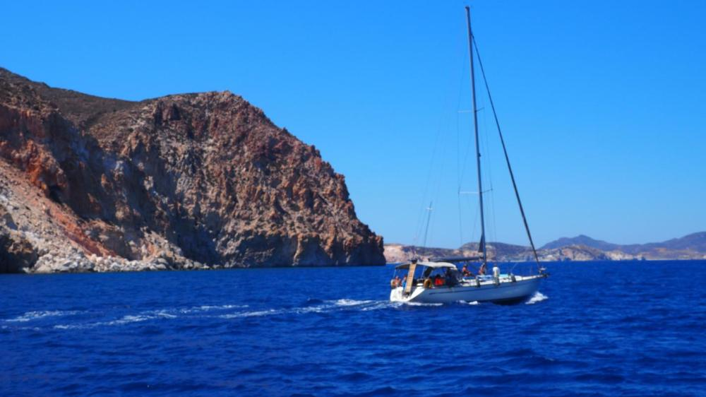 Crete Sailing Family Day Tour including Culinary Experience