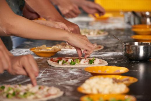 cooking class activity KidsLoveGreece.com