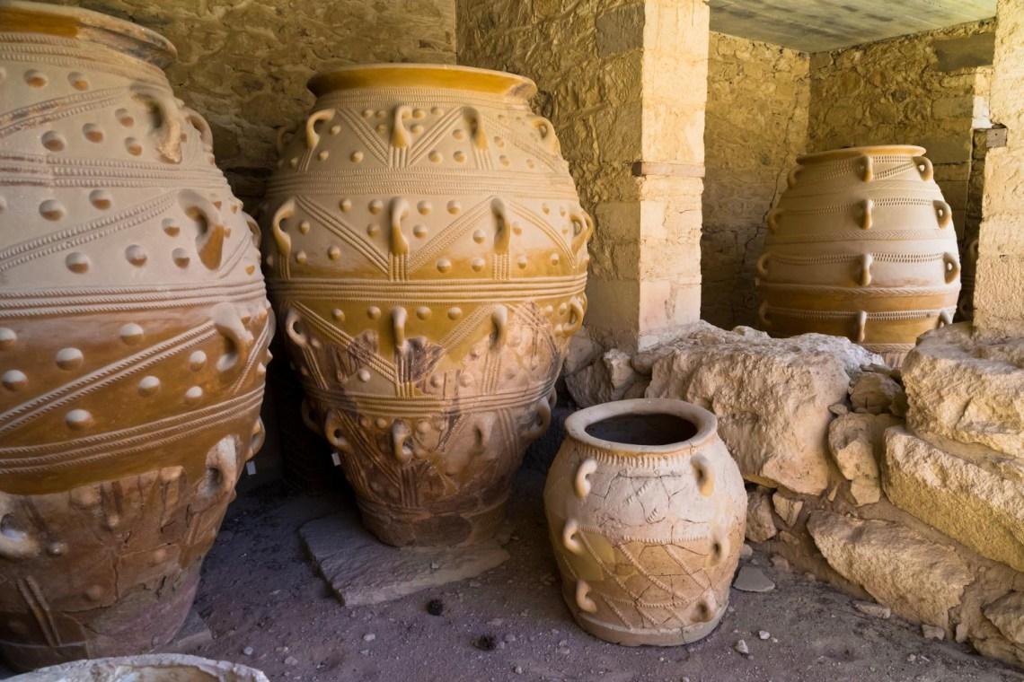 Knossos pottery KidsLoveGreece