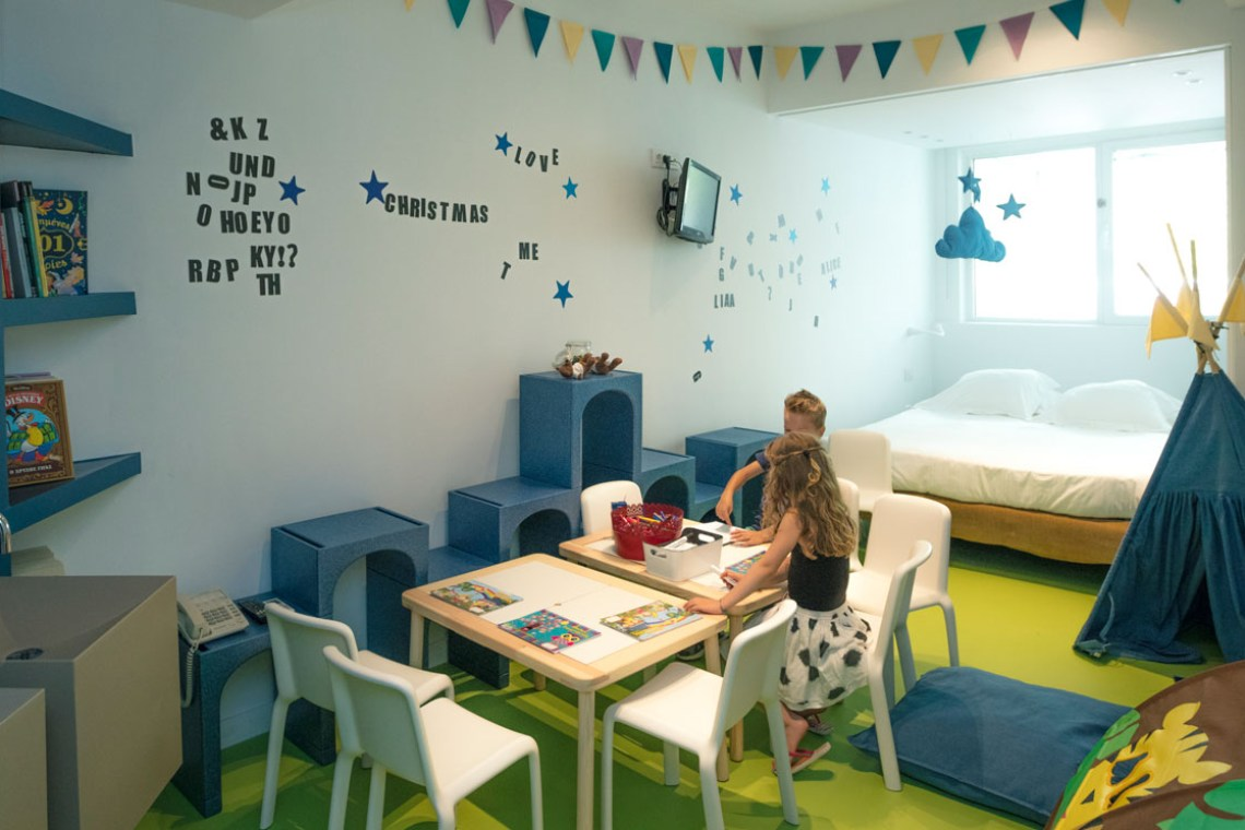 St George Lycabettus kids playroom