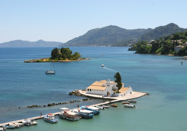 10 Reasons why you should visit Corfu with your kids