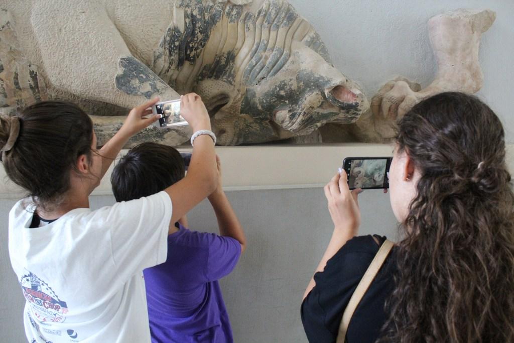 Acropolis Museum photo workshop for kids (33)