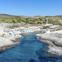 Miramare Luxury Suites in Milos