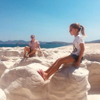 5 Cool Beaches in Milos Island – Experience Milos With Kids Love Greece