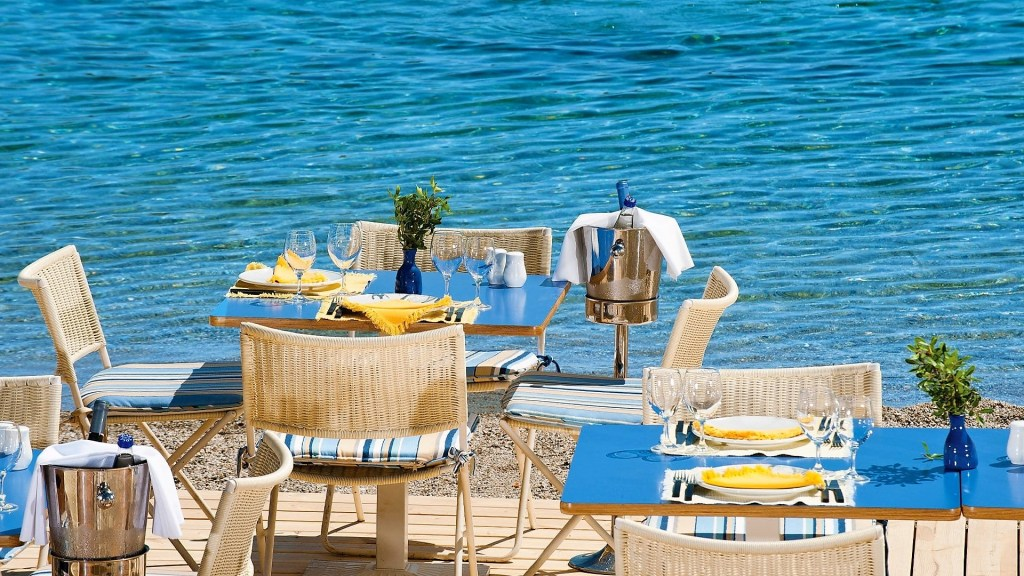 Grand Resort Lagonissi Athens riviera Family Vacation Greece dining by the sea