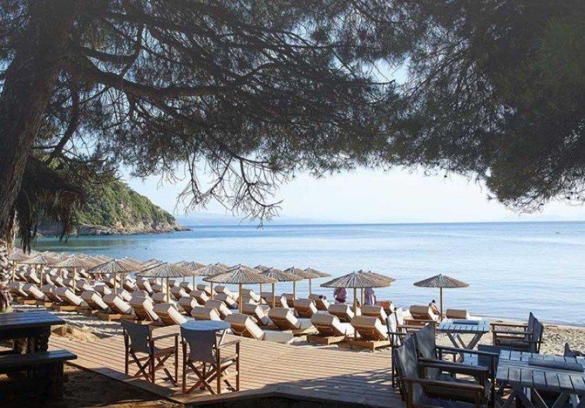 Elivi beach Bar