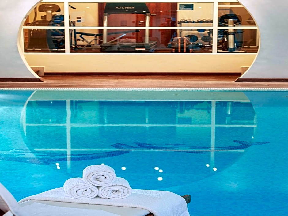 Sofitel airport Athens pool-min