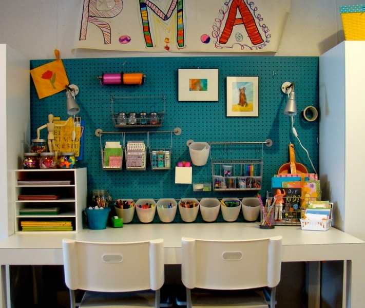 15 Clever And Creative Ways Of Using Pegboards In Kids Rooms Kidsomania