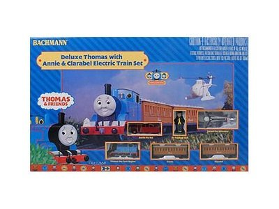 Bachmann Trains Deluxe Thomas and Friends Special Ready-to-Run HO Train Set 2