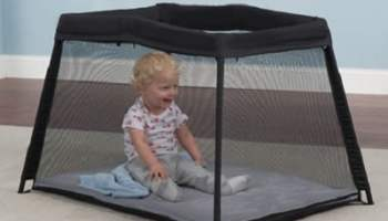 The Ultralight Portable Crib
