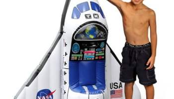 The Aspiring Astronauts Space Shuttle Play Set