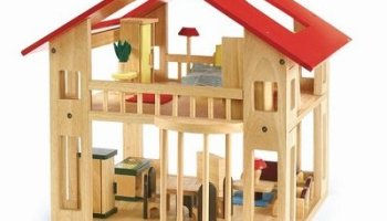 Excellerations-Wooden-Deluxe-Dollhouse