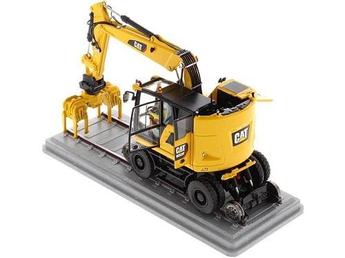 Diecast CAT Caterpillar Excavator1