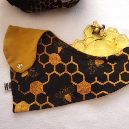 Sweet Dreams of Bees Dribble Bib