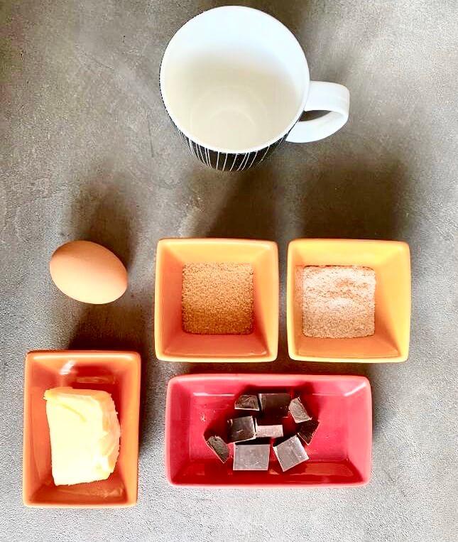 Ingrédients pour la recette du mug cake