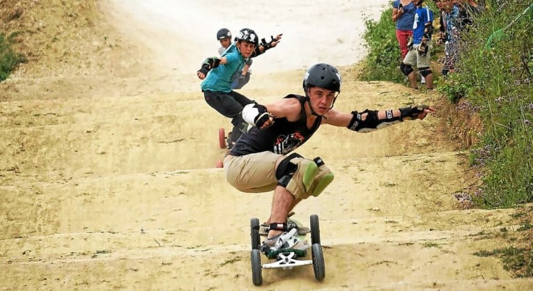 mountainboard sport insolite