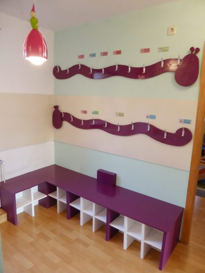 Empfangsbereich 2 Kita Kid Zone Kinderbetreuung 404x538 - Empfangsbereich