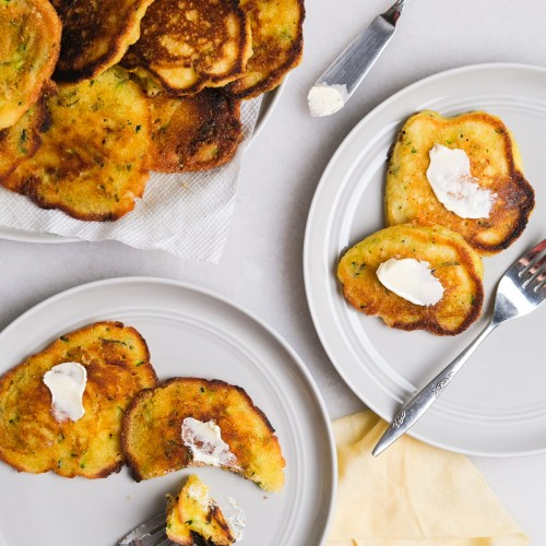 Easy 5 Ingredient Zucchini Fritters