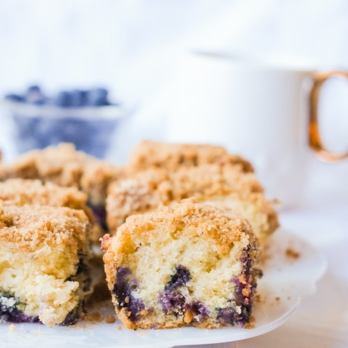 Crumbly Blueberry Coffee Cake Recipe