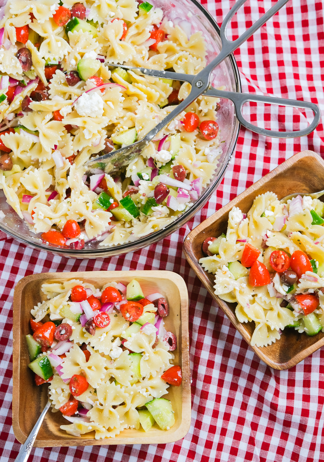serving pasta salad at a picnic