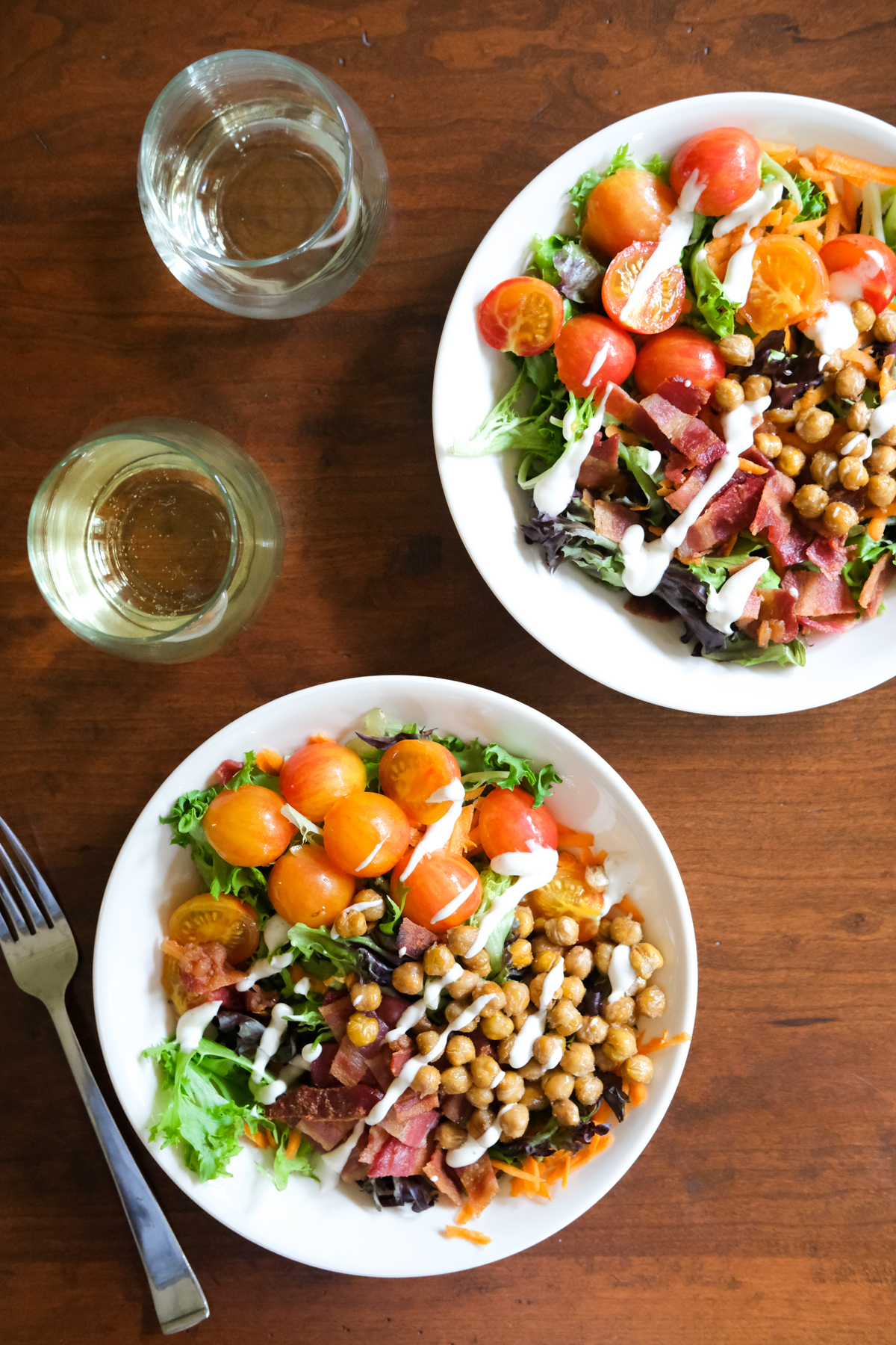 buffalo chickpea salads with white wine