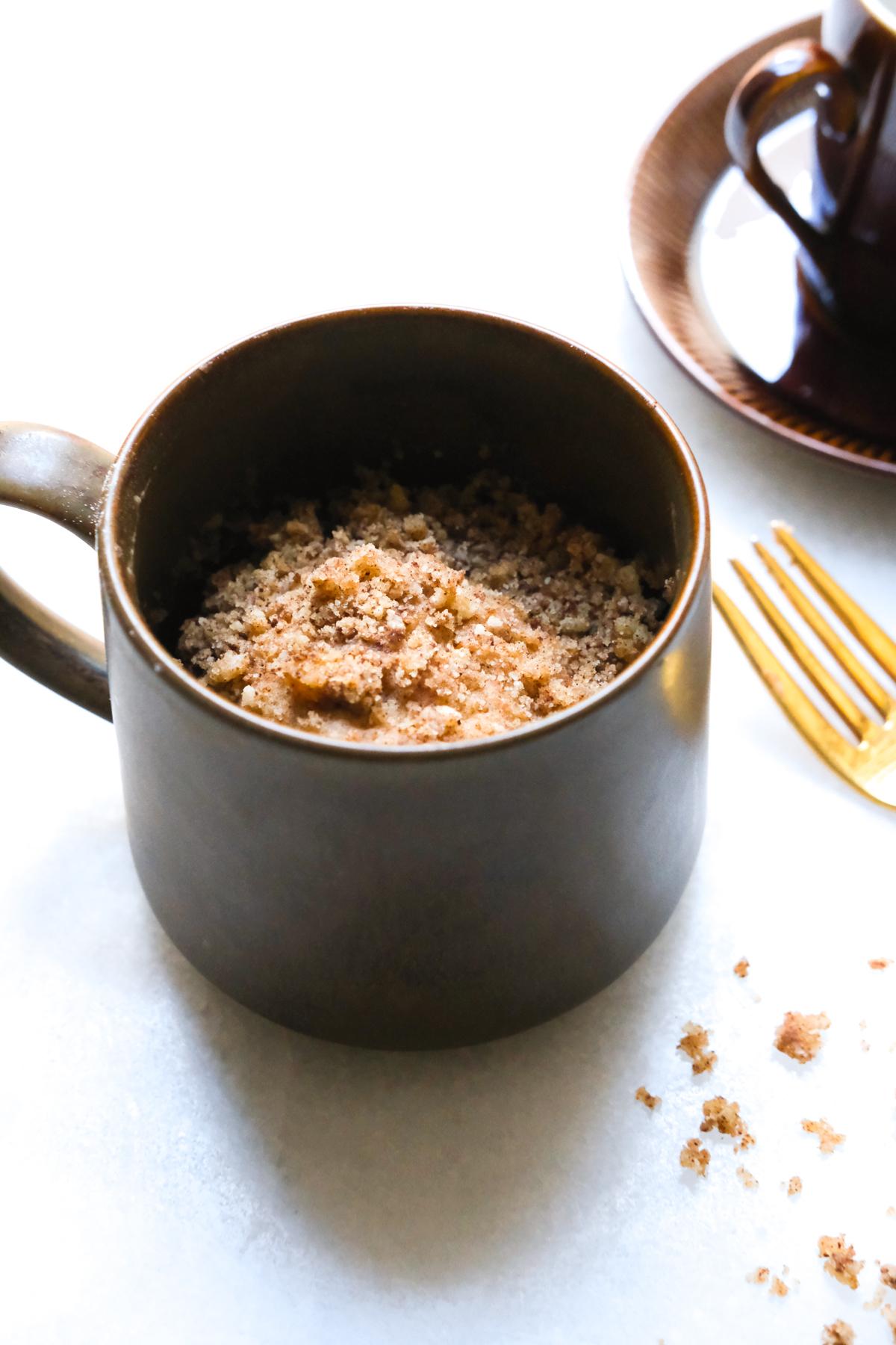 mug coffee cake with crumbs