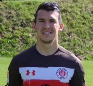 Portraitfoto von Waldemar Sobota, Profispieler vom FC St. Pauli, im Sommer 2017