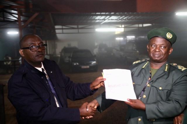 Bakigera mu Rwanda hakozwe ihererekanya ry