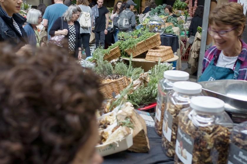 Aromáticas y setas en Borough Market