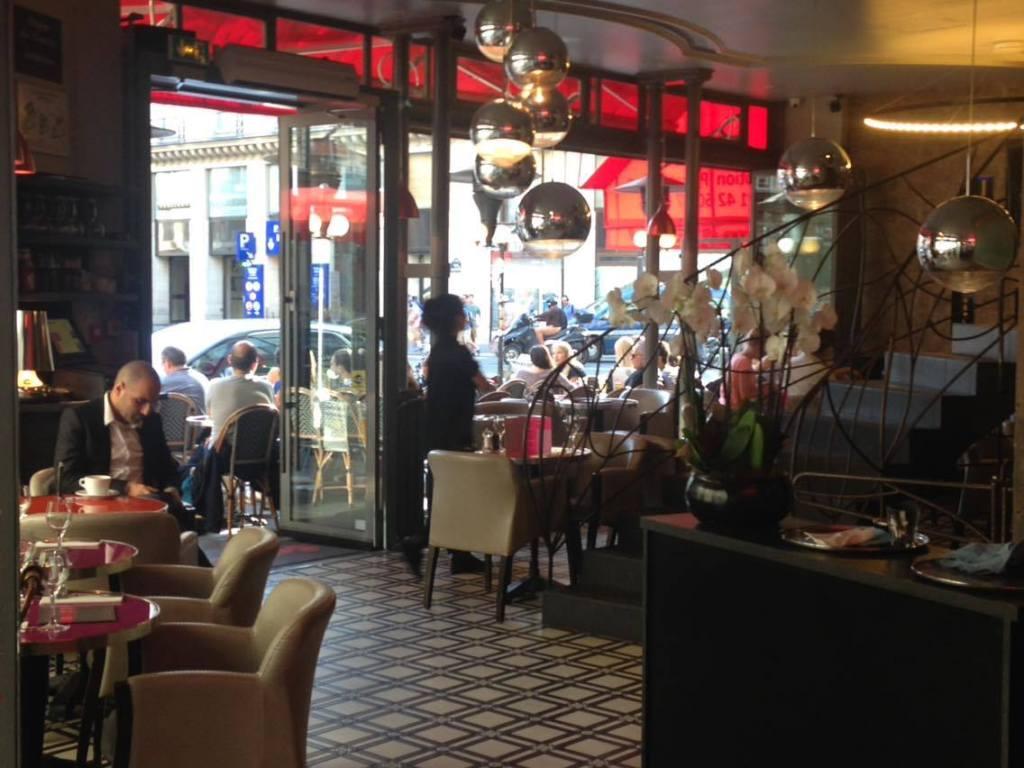 Rez-de-chaussé du coup-d'état-Brasserie-Paris