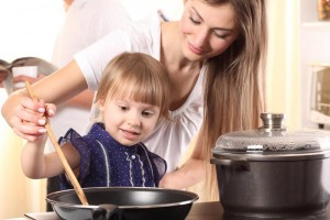 cooking-baby-kid-child-parent-mother-mama-cooking-food-kitchen-home-free-time-fun