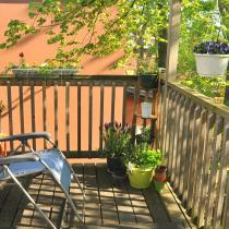 Small Apartments: Arranging a Balcony